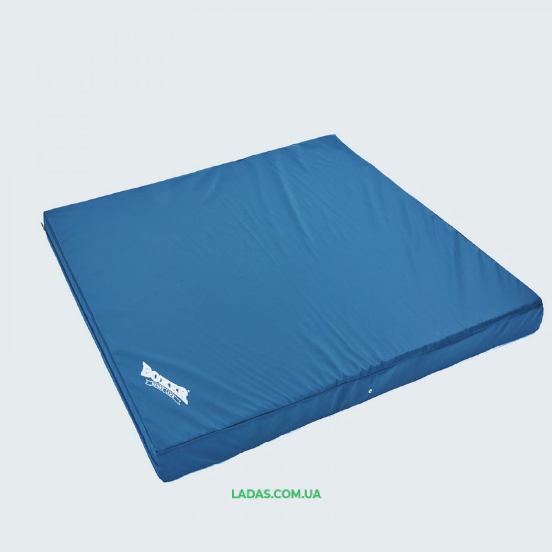 Мат спортивный Кожвинил 1x1м x 8см BOXER (наполнитель-поролон,плотность 25кг/м)